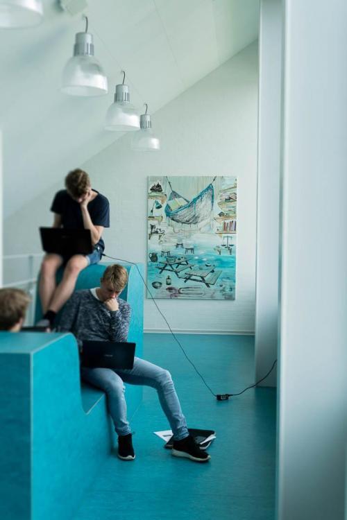 installation-view-Hjalleseskolen.-2016.-Odense
